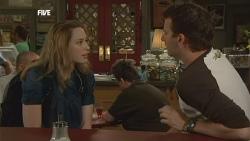 Sonya Mitchell, Lucas Fitzgerald in Neighbours Episode 5888