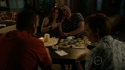 Toadie Rebecchi, Libby Kennedy, Karl Kennedy, Susan Kennedy in Neighbours Episode 5890