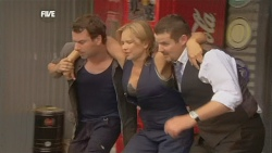 Lucas Fitzgerald, Steph Scully, Toadie Rebecchi in Neighbours Episode 5892