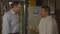 Karl Kennedy, Toadie Rebecchi in Neighbours Episode 5892