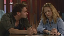Lucas Fitzgerald, Sonya Mitchell in Neighbours Episode 5892
