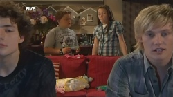 Harry Ramsay, Callum Jones, Sophie Ramsay, Andrew Robinson in Neighbours Episode 5893