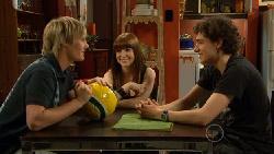 Andrew Robinson, Summer Hoyland, Harry Ramsay in Neighbours Episode 5894
