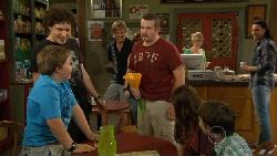 Callum Jones, Harry Ramsay, Andrew Robinson, Toadie Rebecchi, Sophie Ramsay, Ben Kirk in Neighbours Episode 5894
