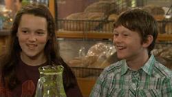 Sophie Ramsay, Ben Kirk in Neighbours Episode 5894