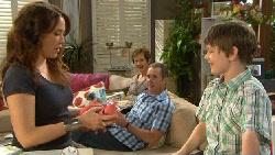 Libby Kennedy, Susan Kennedy, Karl Kennedy, Ben Kirk in Neighbours Episode 5894