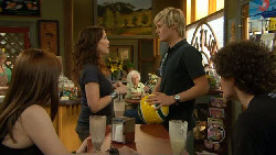 Summer Hoyland, Libby Kennedy, Andrew Robinson, Harry Ramsay in Neighbours Episode 5894