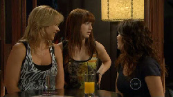 Steph Scully, Summer Hoyland, Libby Kennedy in Neighbours Episode 5895