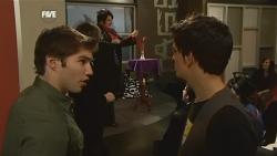 Declan Napier, Zeke Kinski in Neighbours Episode 5896