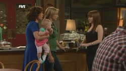 Rebecca Napier, India Napier, Steph Scully, Summer Hoyland in Neighbours Episode 5896
