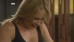 Steph Scully in Neighbours Episode 5897