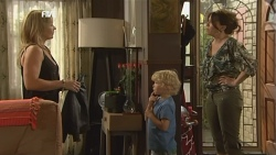 Steph Scully, Charlie Hoyland, Libby Kennedy in Neighbours Episode 5897