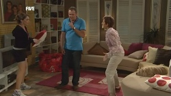 Libby Kennedy, Karl Kennedy, Susan Kennedy in Neighbours Episode 5898