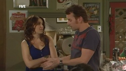 Libby Kennedy, Lucas Fitzgerald in Neighbours Episode 5898
