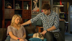 Donna Freedman, Cat, Declan Napier in Neighbours Episode 5899