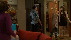 Rebecca Napier, Declan Napier, Donna Freedman, Kate Ramsay in Neighbours Episode 5899