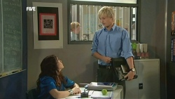Libby Kennedy, Andrew Robinson in Neighbours Episode 5902