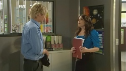 Andrew Robinson, Libby Kennedy in Neighbours Episode 5902