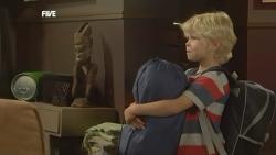 Charlie Hoyland in Neighbours Episode 5903