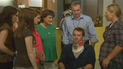 Libby Kennedy, Summer Hoyland, Susan Kennedy, Lyn Scully, Karl Kennedy, Lucas Fitzgerald, Steph Scully in Neighbours Episode 5904