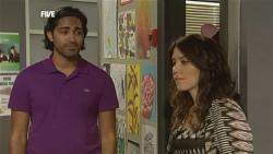 Doug Harris, Libby Kennedy in Neighbours Episode 5905