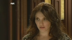 Libby Kennedy in Neighbours Episode 5905