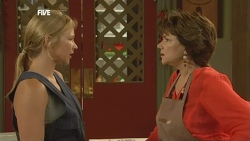 Steph Scully, Lyn Scully in Neighbours Episode 5907