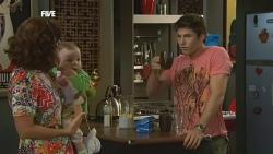 Rebecca Napier, India Napier, Declan Napier in Neighbours Episode 5908