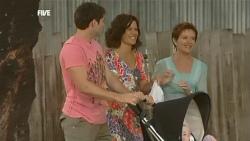 Declan Napier, Rebecca Napier, Susan Kennedy, India Napier in Neighbours Episode 5908