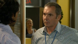 Doug Harris, Steph Scully, Karl Kennedy in Neighbours Episode 5912