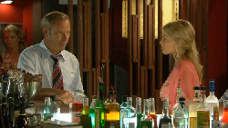 Nicholas McKay, Donna Freedman in Neighbours Episode 5912
