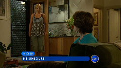 Steph Scully, Lyn Scully in Neighbours Episode 5913