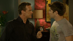 Paul Robinson, Declan Napier in Neighbours Episode 5915