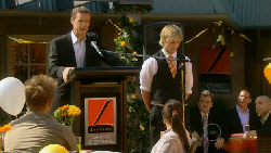 Paul Robinson, Andrew Robinson in Neighbours Episode 5916