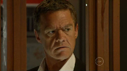 Paul Robinson in Neighbours Episode 5916