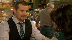 Toadie Rebecchi, Libby Kennedy in Neighbours Episode 5917