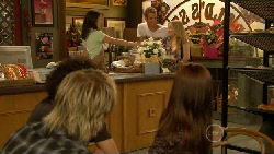 Harry Ramsay, Andrew Robinson, Kate Ramsay, Michael Williams, Natasha Williams, Summer Hoyland in Neighbours Episode 5918