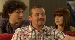 Harry Ramsay, Toadie Rebecchi, Summer Hoyland in Neighbours Episode 5921