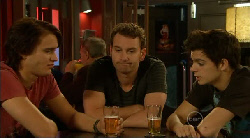 Declan Napier, Lucas Fitzgerald, Zeke Kinski in Neighbours Episode 5922