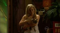 Natasha Williams, Cat in Neighbours Episode 5922