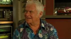 Lou Carpenter in Neighbours Episode 5922