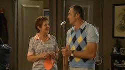 Susan Kennedy, Karl Kennedy in Neighbours Episode 5923