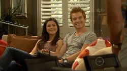 Naomi Lord, Ringo Brown in Neighbours Episode 5923