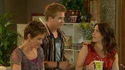 Susan Kennedy, Ringo Brown, Libby Kennedy in Neighbours Episode 5924