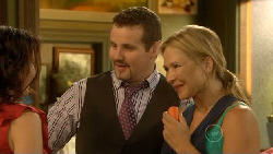 Libby Kennedy, Toadie Rebecchi, Steph Scully in Neighbours Episode 5924