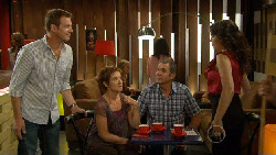 Michael Williams, Susan Kennedy, Karl Kennedy, Libby Kennedy in Neighbours Episode 5924
