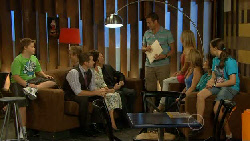 Callum Jones, Toadie Rebecchi, Rebecca Napier, Paul Robinson, Michael Williams, Natasha Williams, Steph Scully, Lyn Scully, Sophie Ramsa in Neighbours Episode 5924