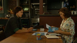 Declan Napier, Rebecca Napier in Neighbours Episode 5925