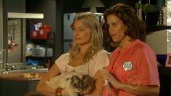 Donna Freedman, Cat, Rebecca Napier in Neighbours Episode 5925