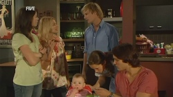 Kate Ramsay, Donna Freedman, India Napier, Andrew Robinson, Sophie Ramsay, Declan Napier in Neighbours Episode 5926